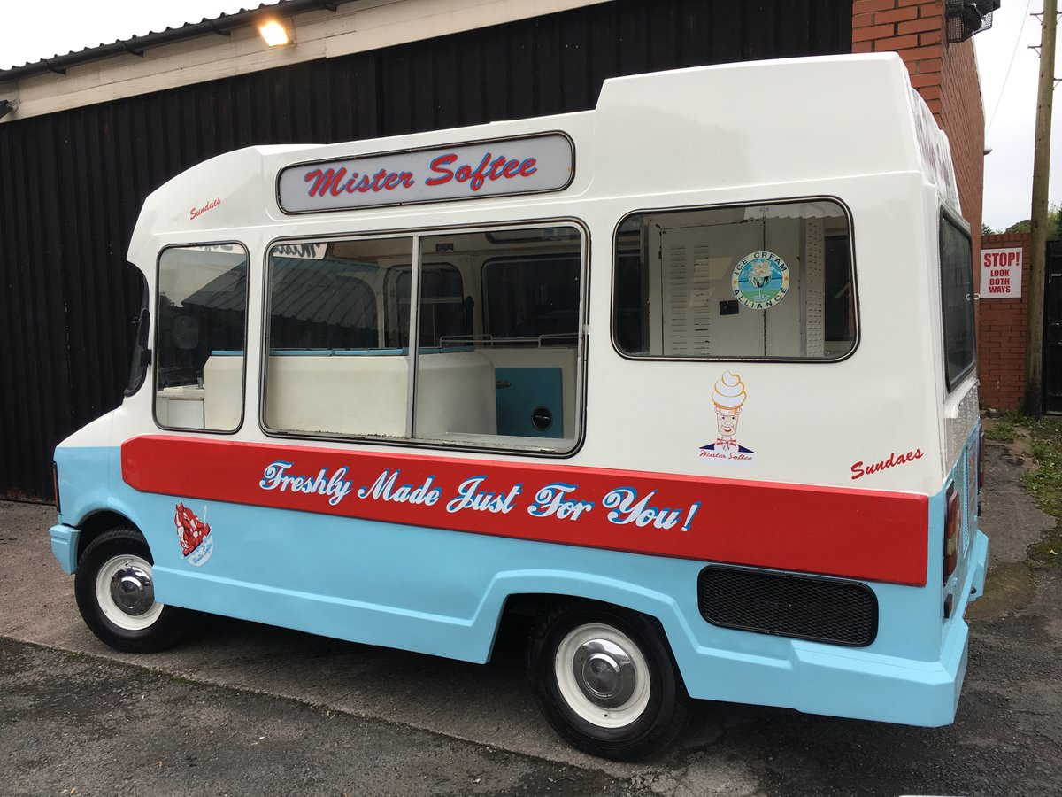 1980 Classic morrison bedford cf ice cream van icecream For Sale (picture 2 of 6)