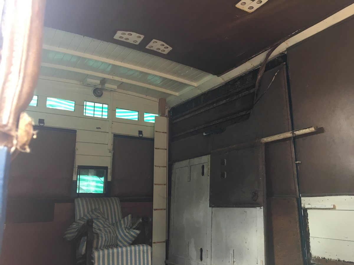 1948 Bedford horsebox For Sale (picture 2 of 5)