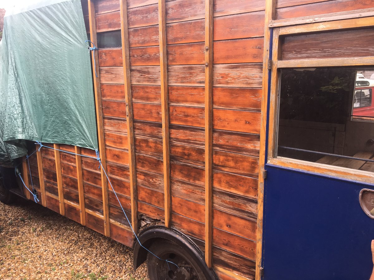 1948 Bedford horsebox For Sale (picture 4 of 5)