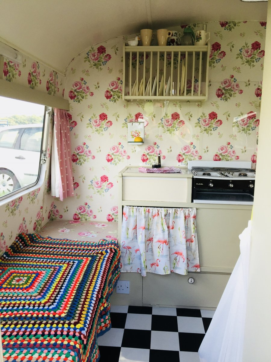 Bedford CA and classic caravan Classic  For Sale (picture 3 of 6)