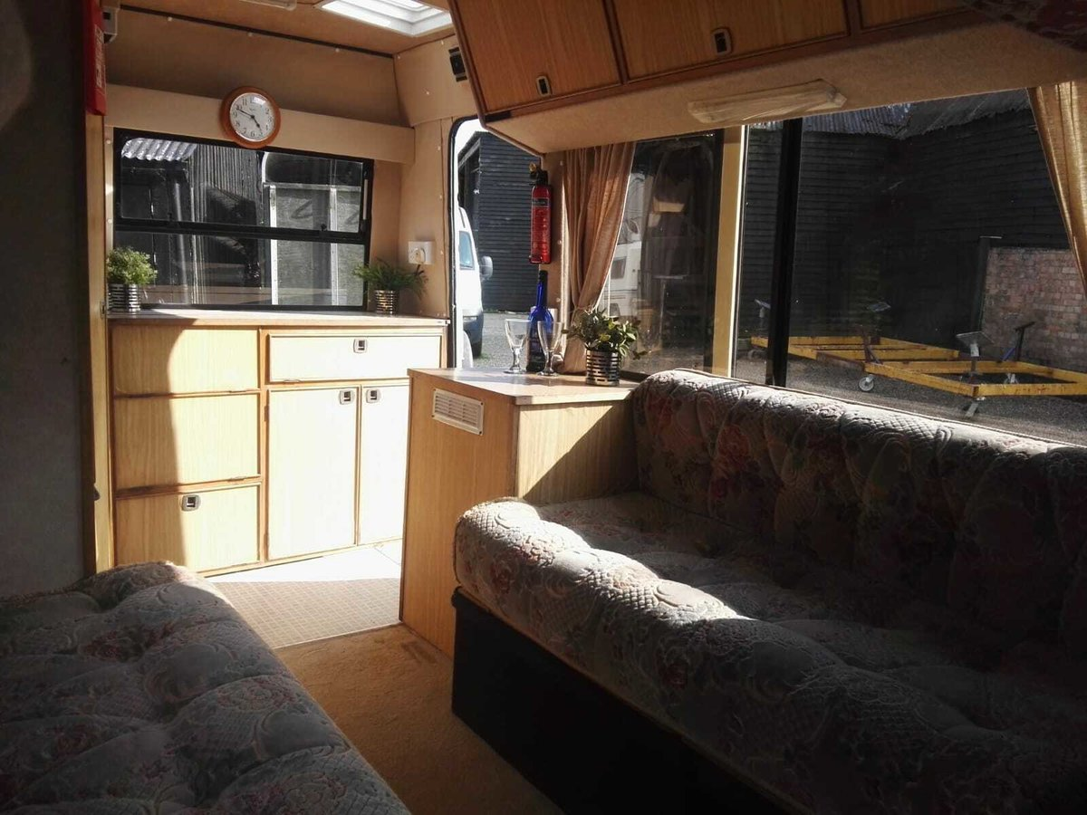 1985 Bedford Motorhome Power Steering LPG Conversion For Sale (picture 5 of 6)