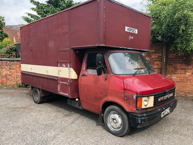 1982 Bedford horsebox For Sale (picture 1 of 6)