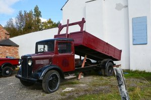 1937 Bedford WTL LWB Tipper For Sale by Auction