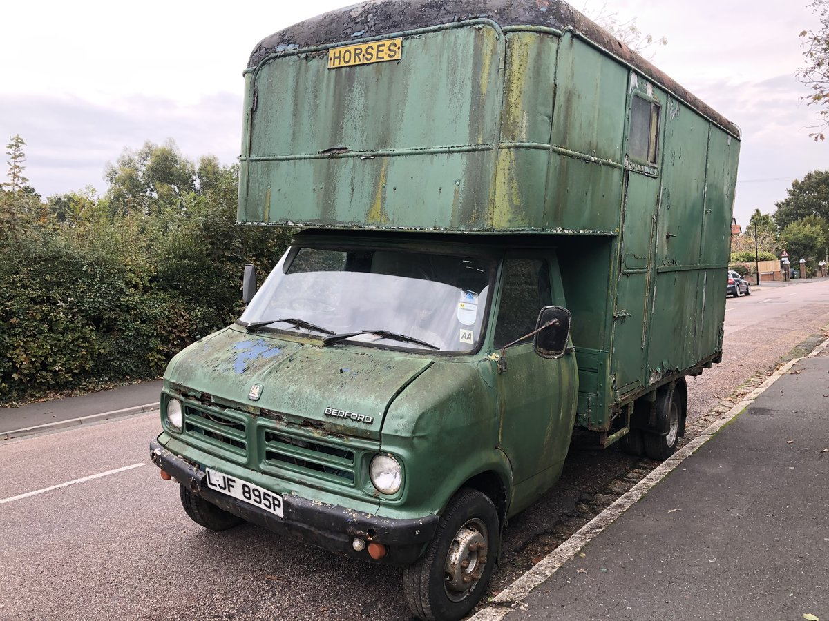 1975 Bedford CF Horsebox, 55k miles, 1976 historic For Sale (picture 1 of 6)