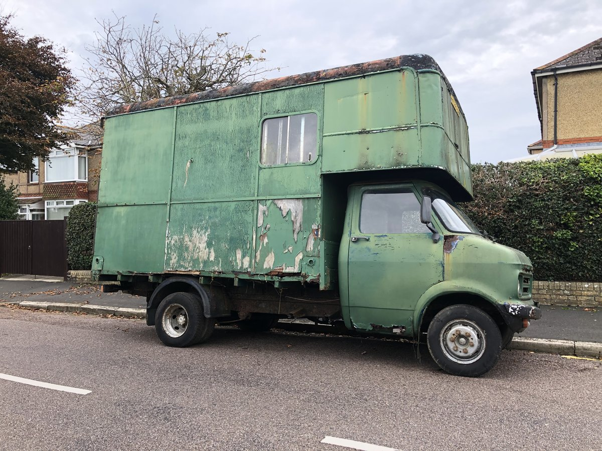 1975 Bedford CF Horsebox, 55k miles, 1976 historic For Sale (picture 2 of 6)