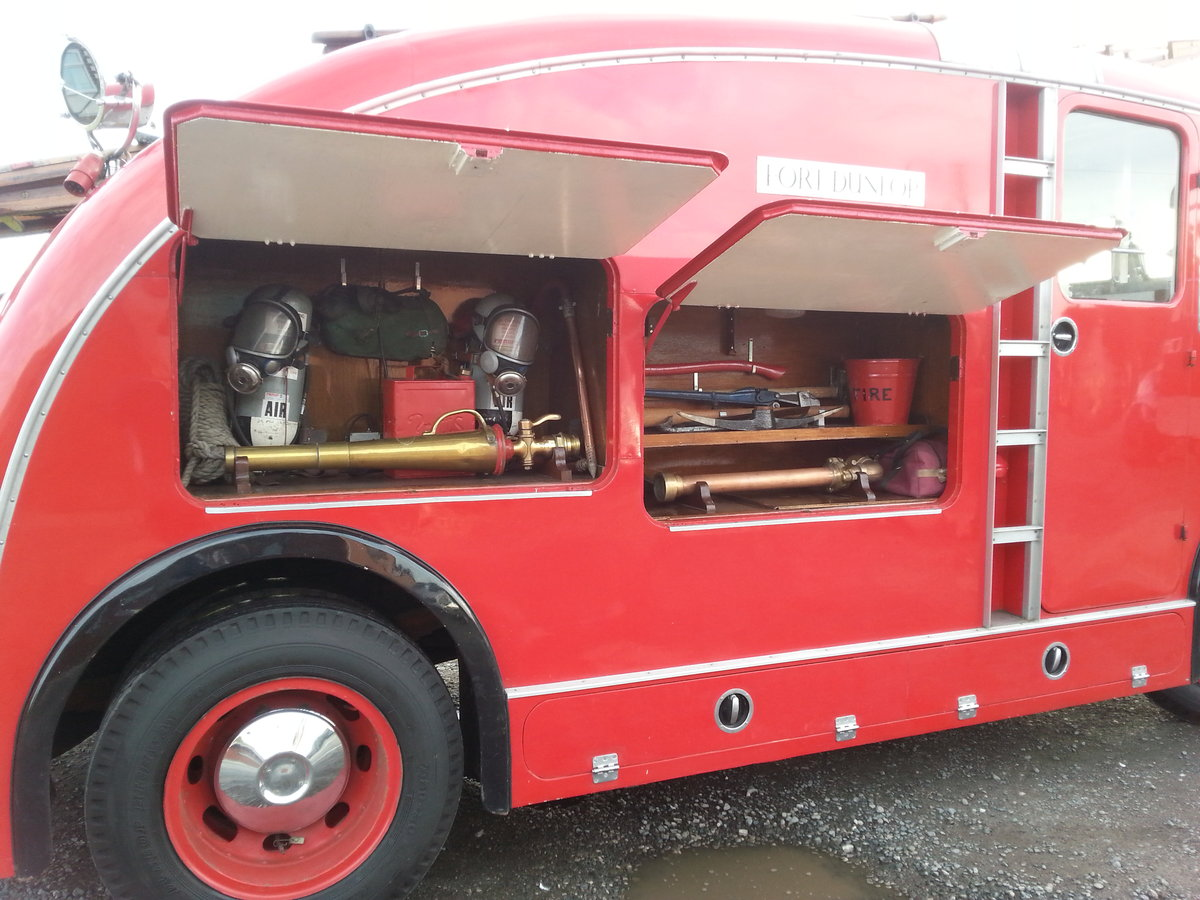 Bedford Fire Engine 1955 For Sale (picture 3 of 5)