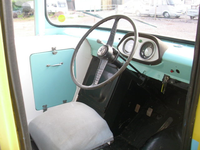 1969 bedford ca electro-freeze ice cream van For Sale (picture 4 of 6)