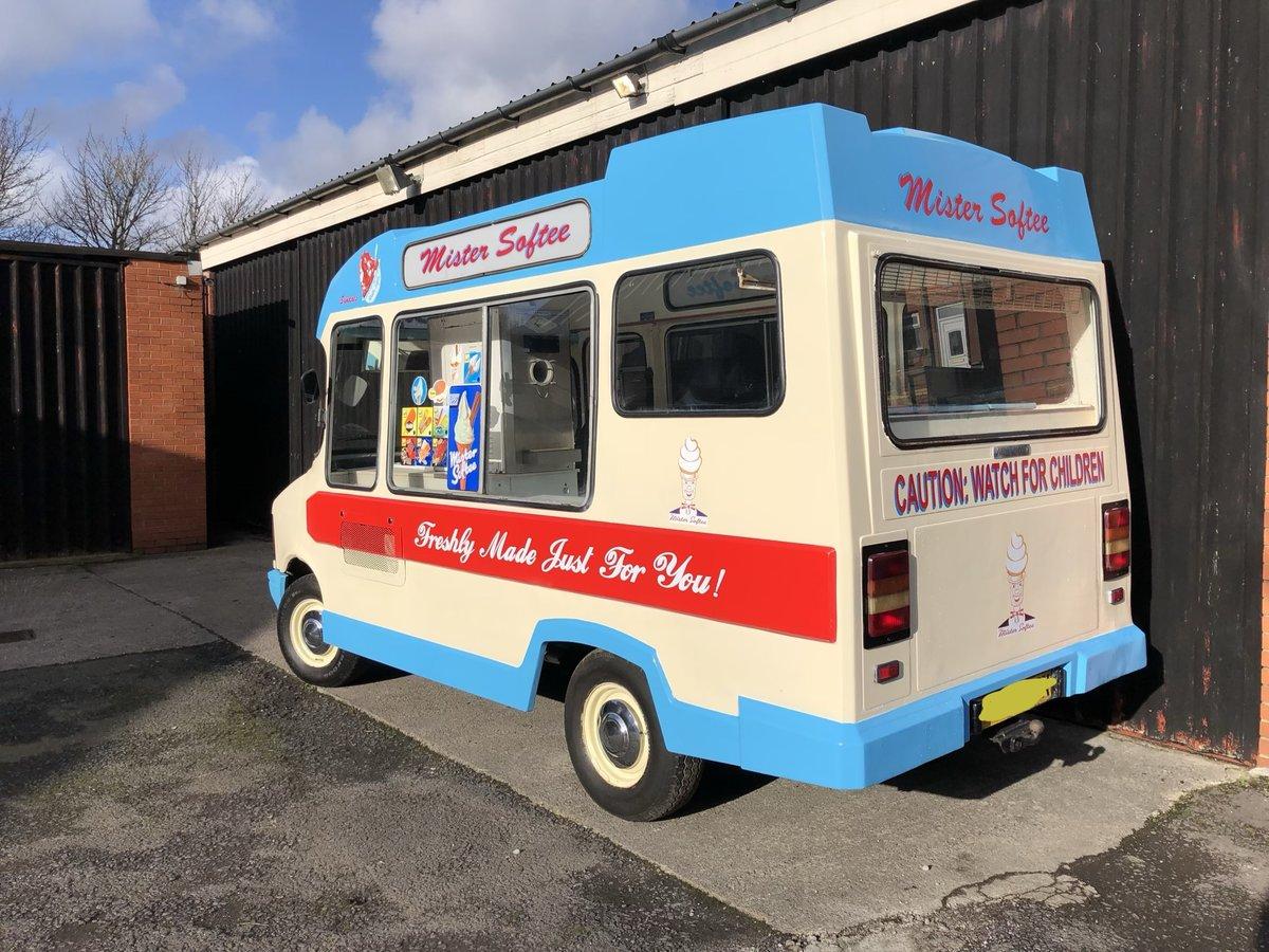 1982 Bedford Cf Morrison Ice Cream Van Classic Icecream For Sale (picture 1 of 6)