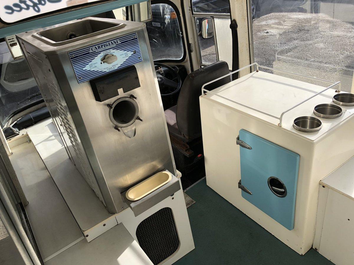 1982 Bedford Cf Morrison Ice Cream Van Classic Icecream For Sale (picture 4 of 6)