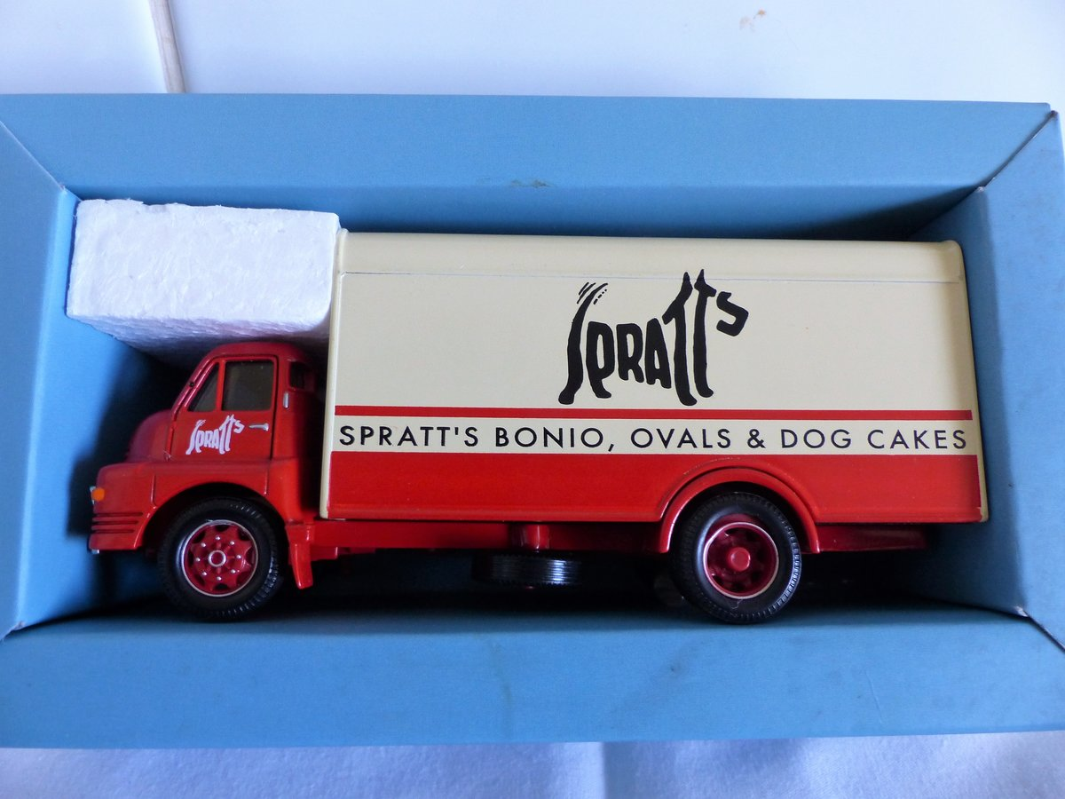 2 bedford s vans, lyons swiss rolls,.spratts For Sale (picture 6 of 6)