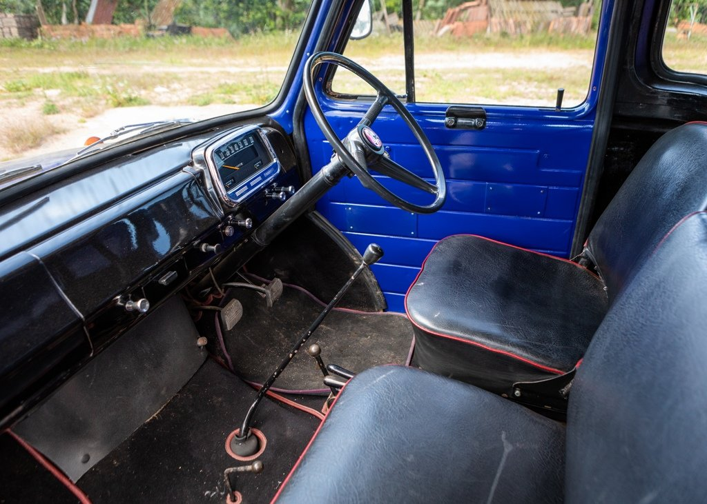 1959 Bedford J5 Tipper (Short wheelbase) SOLD by Auction (picture 4 of 6)