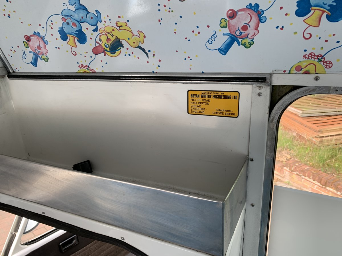 1984 Lovely classic ice cream van For Sale (picture 6 of 6)