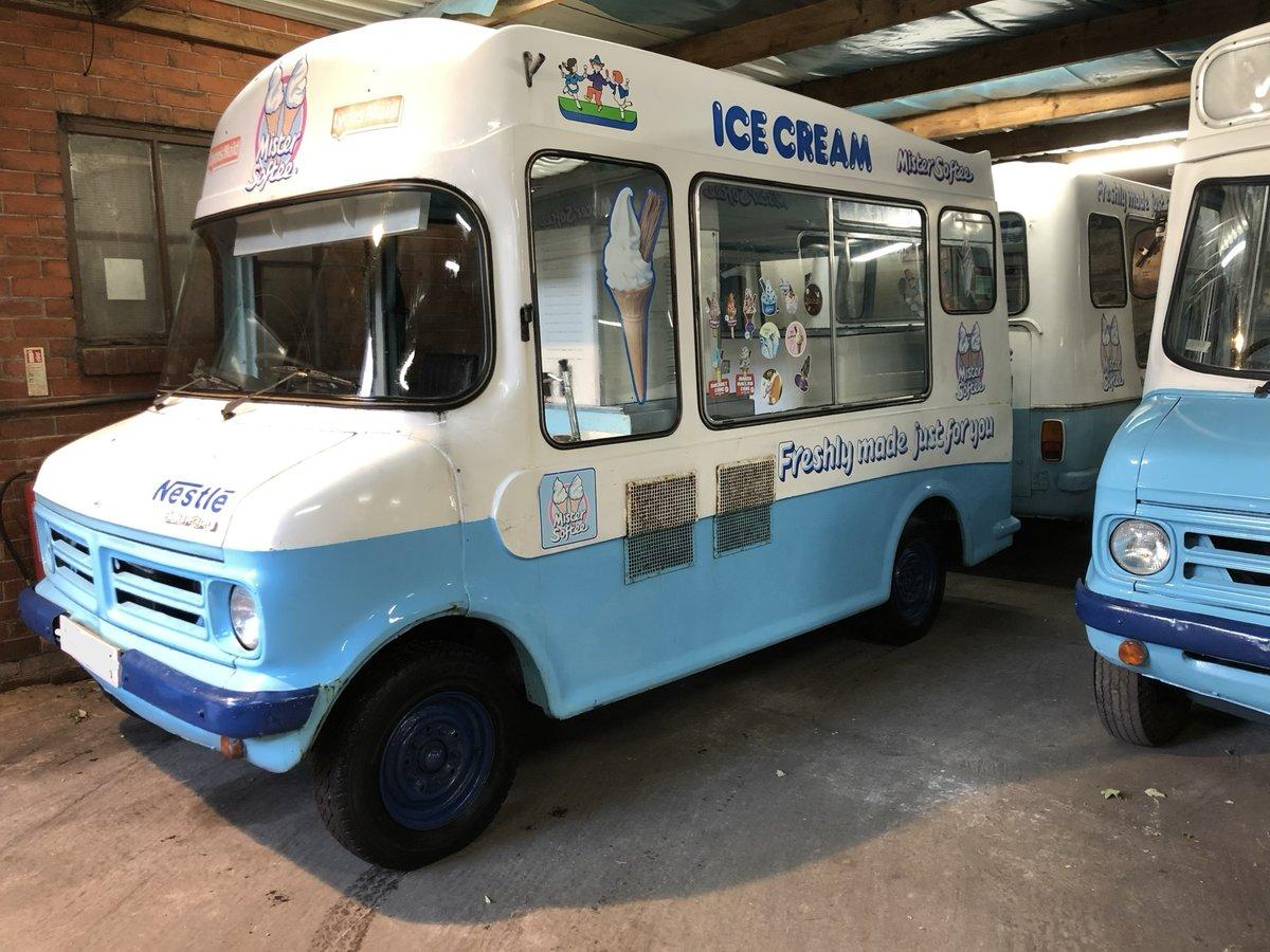 1972 Classic Bedford Cf Morrison Ice Cream Van Icecream For Sale (picture 1 of 5)