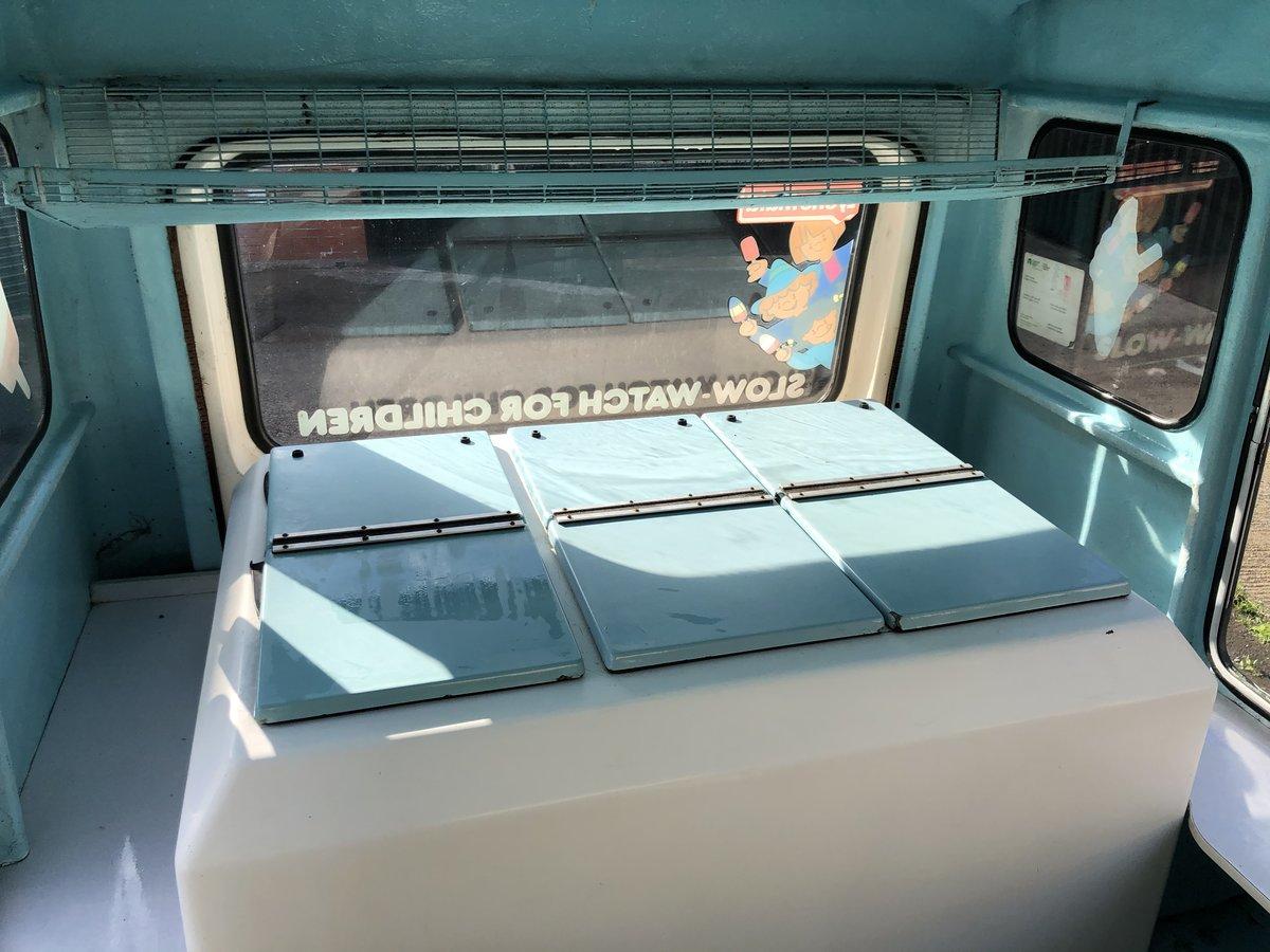 1972 Classic Bedford Cf Morrison Ice Cream Van Icecream For Sale (picture 3 of 5)