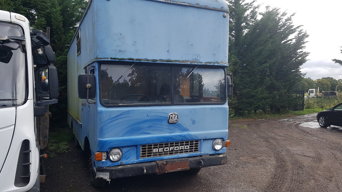 1974 Very rare TK removal lorry convert to horse box For Sale (picture 2 of 6)
