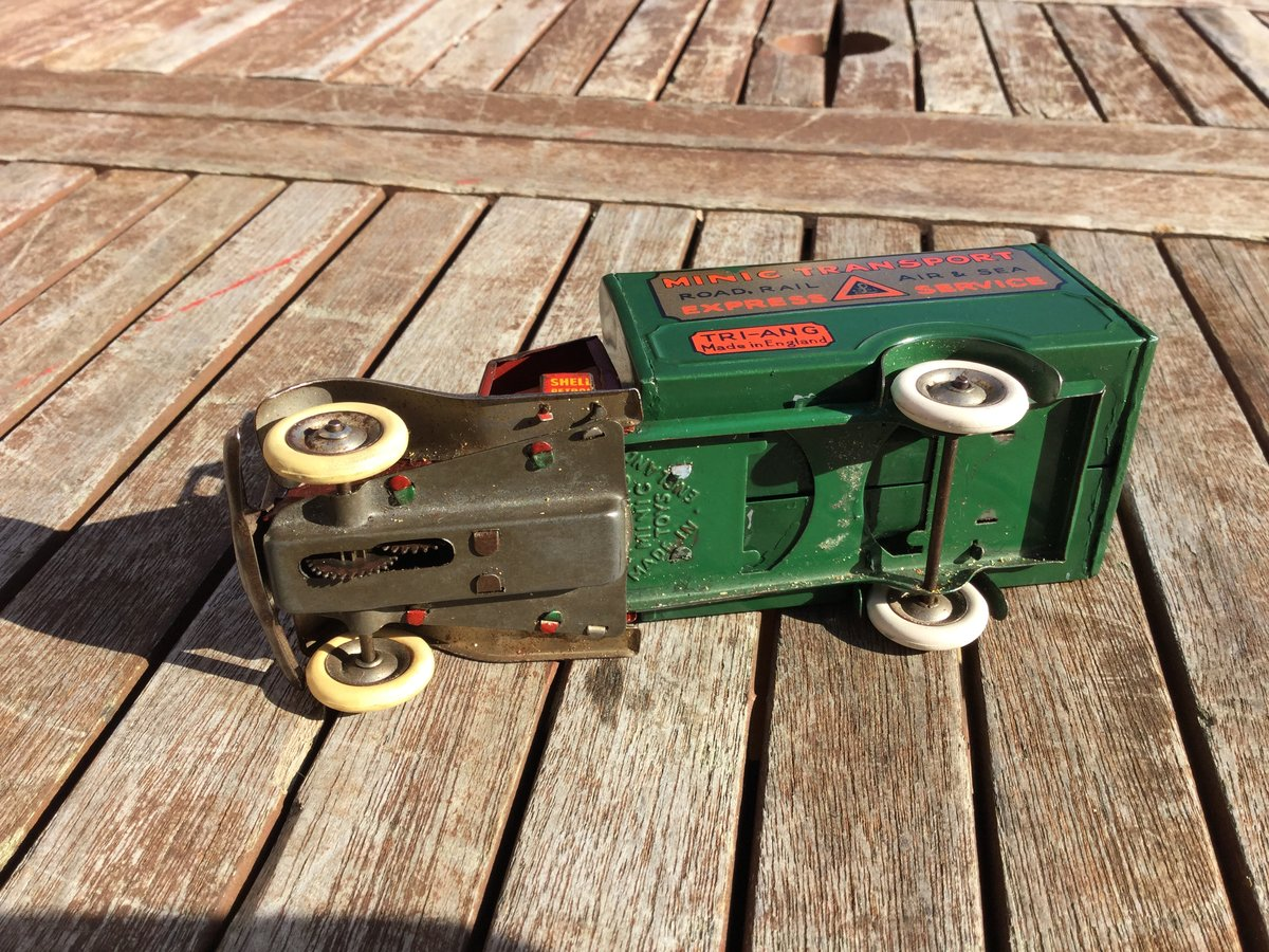 Tri-ang minic clockwork Bedford lorry For Sale (picture 4 of 5)