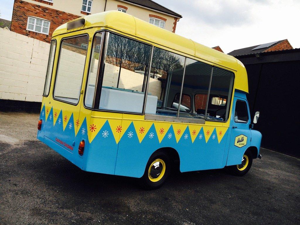 1969 Classic Bedford CA Ice Cream Van Rare Icecream Cf For Sale (picture 2 of 6)