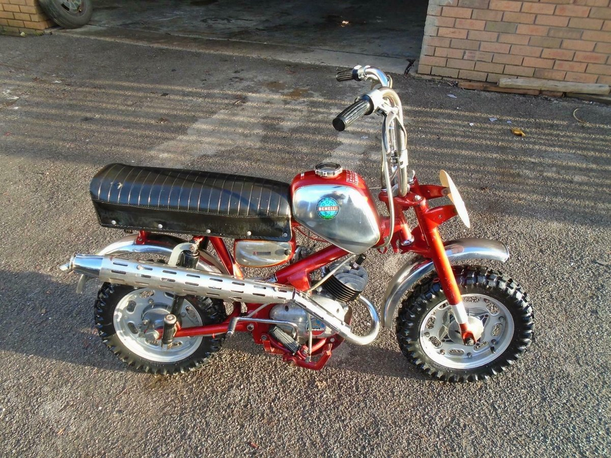 BENELLI 50cc MINI/MONKEY BIKE (1970) MET RED! VERY RARE! EXC SOLD (picture 2 of 6)