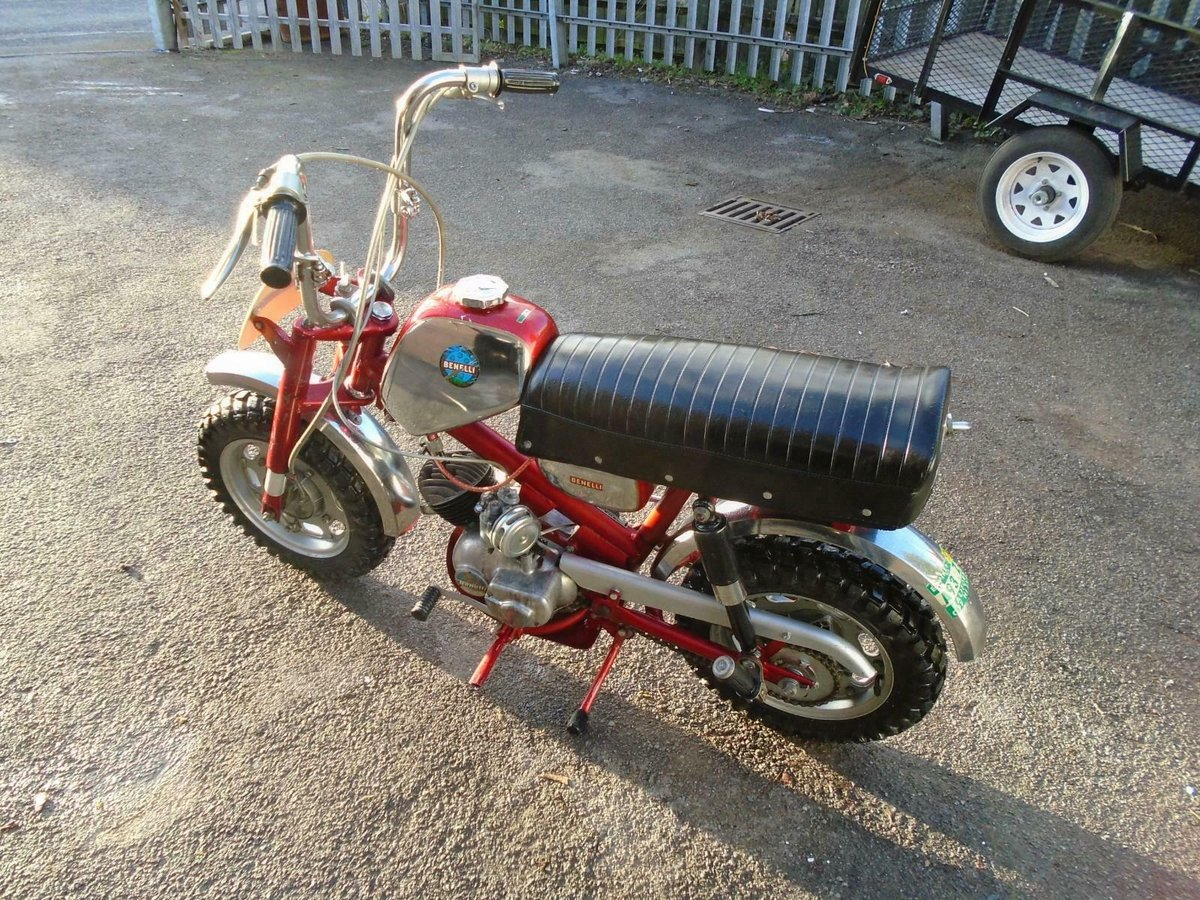 BENELLI 50cc MINI/MONKEY BIKE (1970) MET RED! VERY RARE! EXC SOLD (picture 3 of 6)