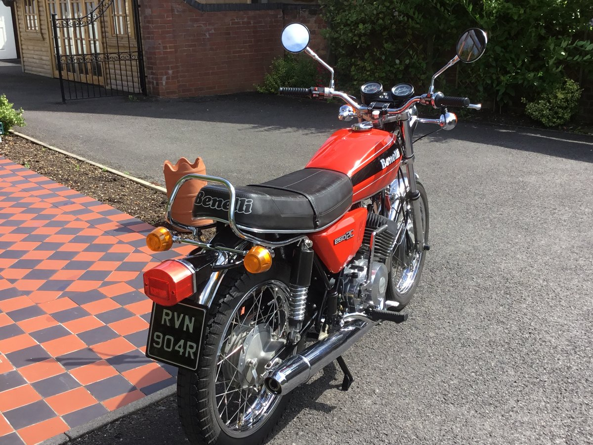 1977 Benelli 250 2C, absolutely beautiful! For Sale (picture 3 of 6)