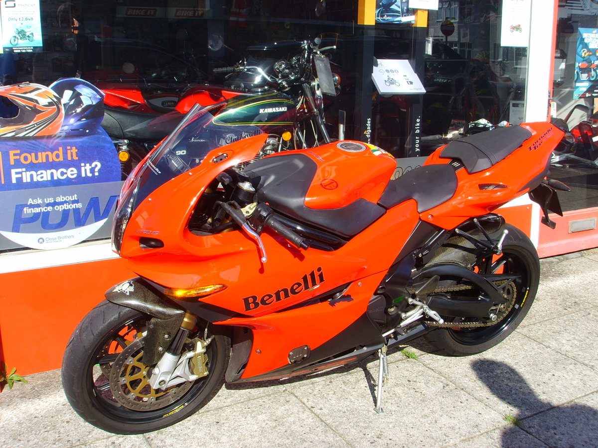 Benelli Tornado 900 TRE RS 2007 only 6880 miles 1 prev owner SOLD (picture 2 of 6)