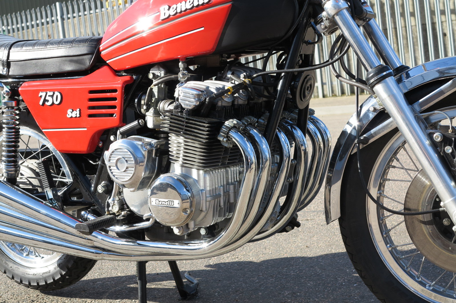 1976 BENELLI 750 SEI. VERY RARE INDEED,CONCOURS! For Sale (picture 3 of 6)