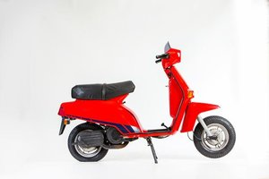 1984 BENELLI S125 MOTOR SCOOTER (LOT 586)