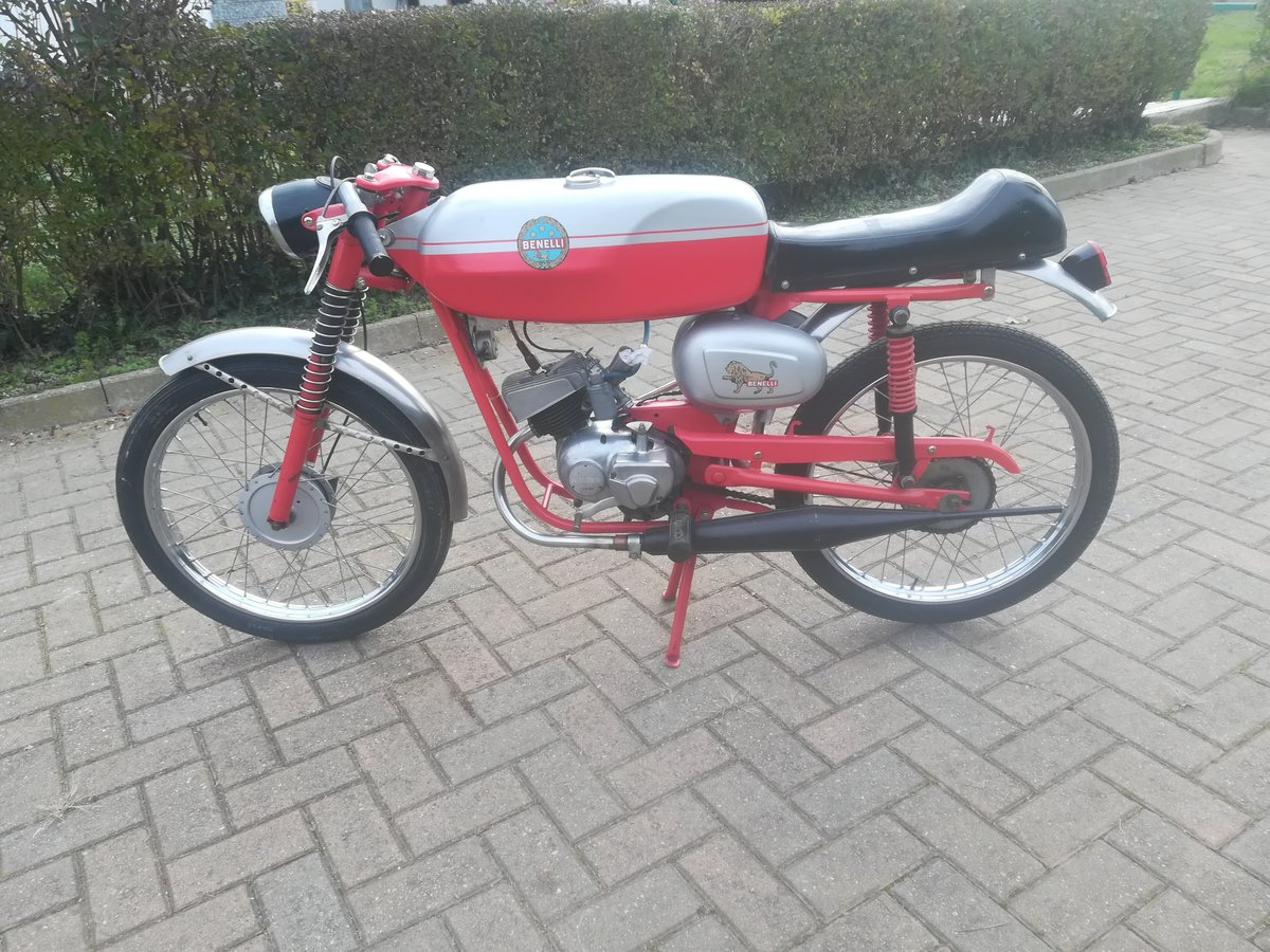 1970 Bike benelli 4 speed For Sale (picture 2 of 4)