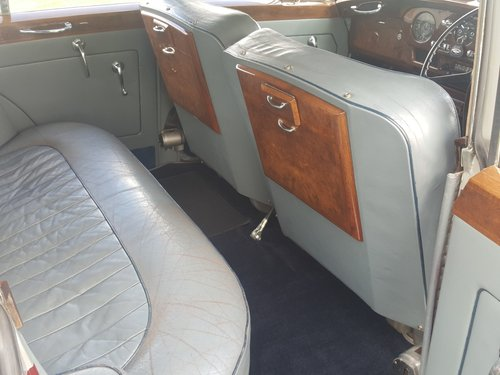 1956 Bentley S1 Price reduced and Personal plate now included. For Sale (picture 5 of 6)