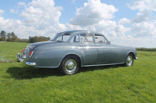 1960 BENTLEY S2 CONTINENTAL SPORTS SALOON Coachwork by JAMES For Sale (picture 3 of 6)