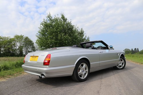 2003 Bentley Azure  The final RHD Bentley Azure to be delivered  For Sale (picture 5 of 6)