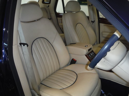 2002 Bentley Arnage Red Label For Sale (picture 2 of 6)