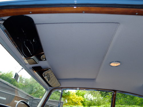 1961 BENTLEY S2 CONTINENTAL MULLINER 2 DR - CONCOURS RESTORATION  For Sale (picture 4 of 6)