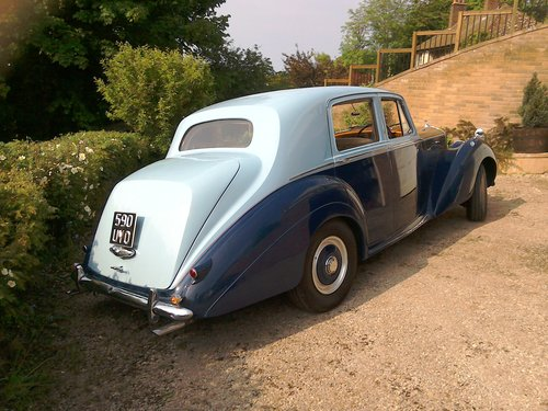 1954 Bentley R type automatic in two tone blue SOLD (picture 2 of 6)