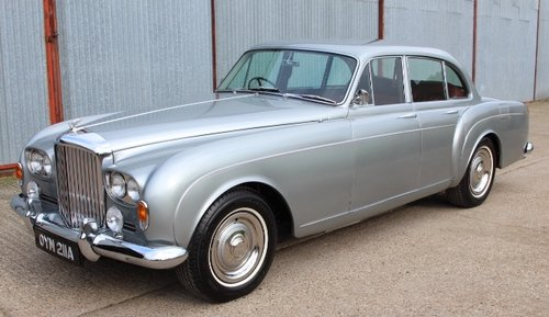 1963 BENTLEY S3 CONTIENTAL FLYING SPUR 1 of only 51 For Sale (picture 1 of 6)
