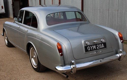 1963 BENTLEY S3 CONTIENTAL FLYING SPUR 1 of only 51 For Sale (picture 3 of 6)