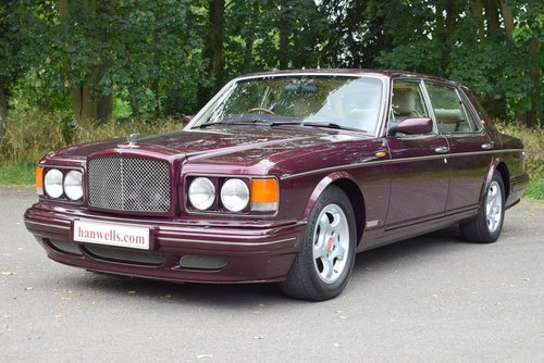 1998 R Bentley Turbo RT in Wildberry For Sale (picture 1 of 6)