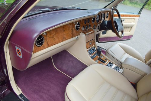 1998 R Bentley Turbo RT in Wildberry For Sale (picture 2 of 6)