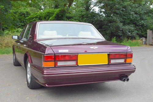 1998 R Bentley Turbo RT in Wildberry For Sale (picture 5 of 6)
