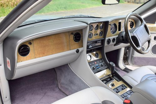 1998 S Bentley Continental R Chatsworth Limited Edition For Sale (picture 2 of 6)