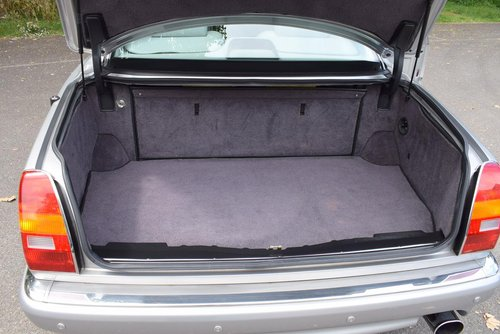 1998 S Bentley Continental R Chatsworth Limited Edition For Sale (picture 6 of 6)