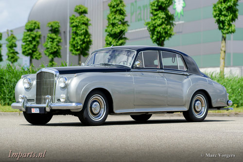 1959 Excellent Bentley S1 Saloon LHD For Sale (picture 1 of 6)