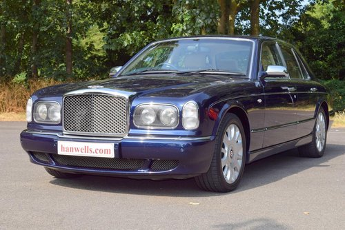 2004/04 Bentley Arnage R in Peacock Blue For Sale (picture 1 of 6)