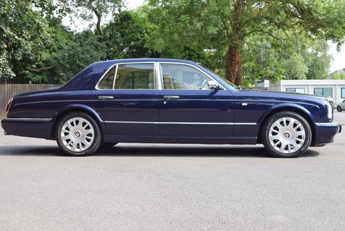 2004/04 Bentley Arnage R in Peacock Blue For Sale (picture 4 of 6)