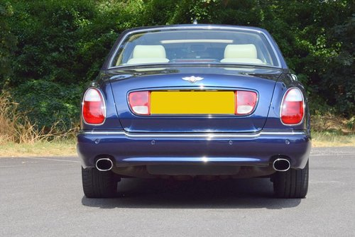 2004/04 Bentley Arnage R in Peacock Blue For Sale (picture 5 of 6)