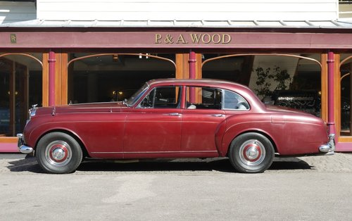 Bentley S2 Continental 1962 Flying Spur by H.J. Mulliner For Sale (picture 2 of 3)