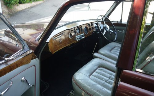 Bentley S2 Continental 1962 Flying Spur by H.J. Mulliner For Sale (picture 3 of 3)