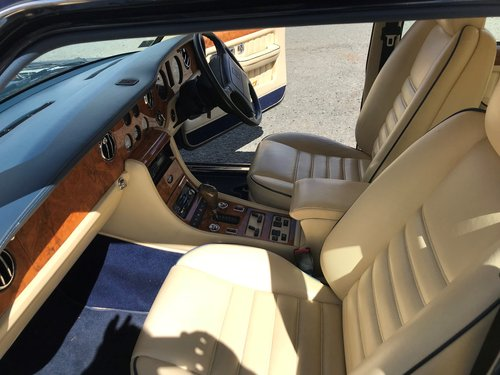 1996 Bentley Brooklands For Sale (picture 3 of 6)