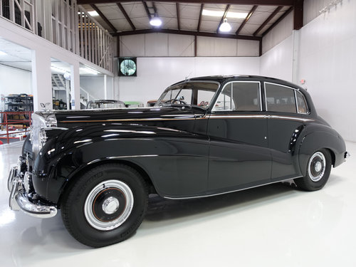 "1951 Bentley Mark VI ""Light Weight"" Sports Saloon by H.J. Mu For Sale (picture 1 of 6)"