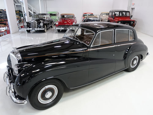 "1951 Bentley Mark VI ""Light Weight"" Sports Saloon by H.J. Mu For Sale (picture 2 of 6)"